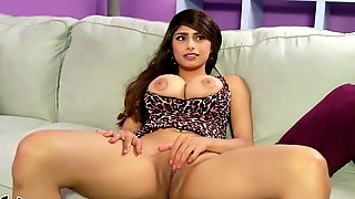 Mia Khalifa BB1 (2)