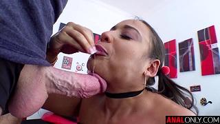 Latina Carmela Clutch's spectacular anal