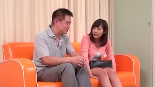 Pulling Asian amateur gets fingered together with gives a nice blowjob