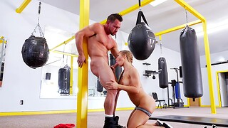 Aroused woman gets the gumshoe all over the manly art of self-defence ring